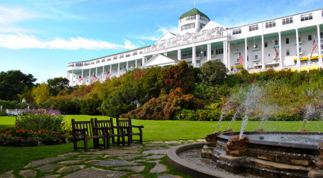 Grand Hotel Lawn di michaelnpatterson, su Flickr