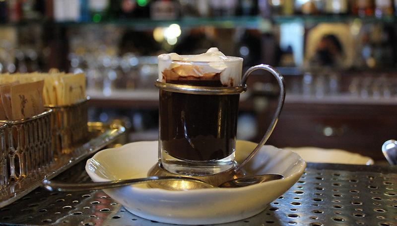 """Bicerin at Caffè Mulassano"" di Rubber Slippers In Italy, su Flickr"