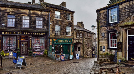 """Haworth - Scene of Bramwell Brontë's decline."" di Alison Christine, su Flickr"