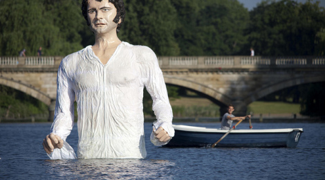 """Mr Darcy Hits The Serpentine 1"" by TaylorHerring, su Flickr - David Parry/PA"
