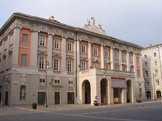 """""""Teatro Verdi"""" di Zapping su Wikimedia Commons"""