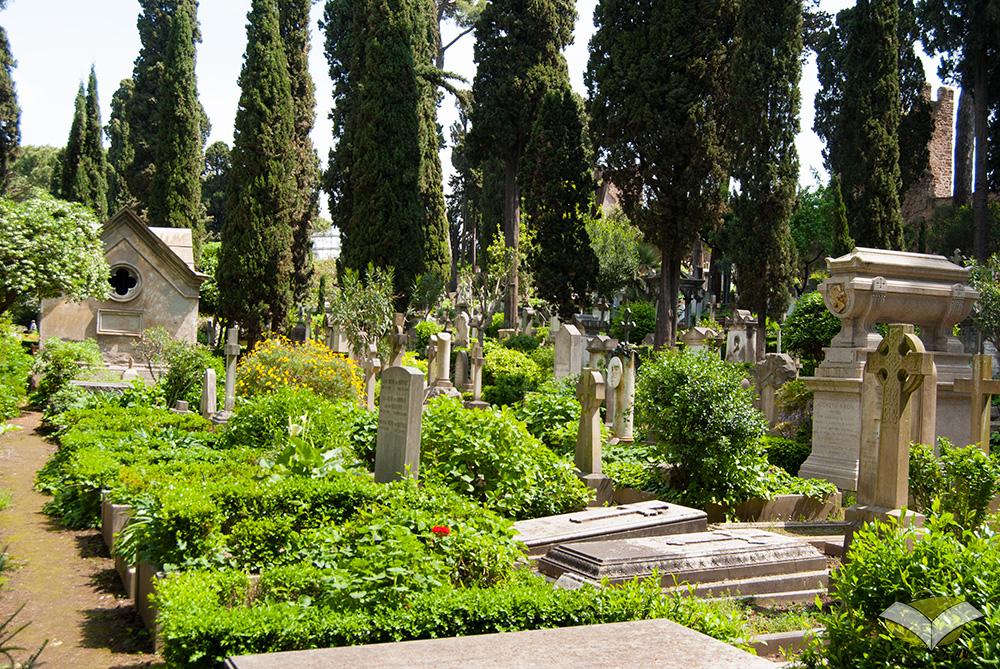 Risultati immagini per cimitero acattolico roma