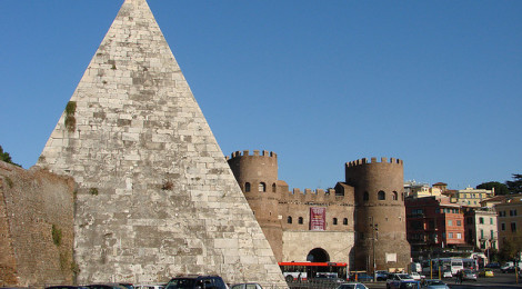 """2006-12-17 12-22 Rom 369 Piramide di Cajo Gestio"" di Allie_Caulfield (wm_archiv), su Flickr"