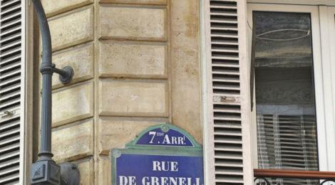Rue de Grenelle ©MaraBarbuni