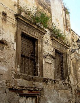 """Villa Lampedusa prima del restauro - """"Sicily 2010: Palermo 88"""" di jeff kerwin su Flickr (Licenza CC)"""