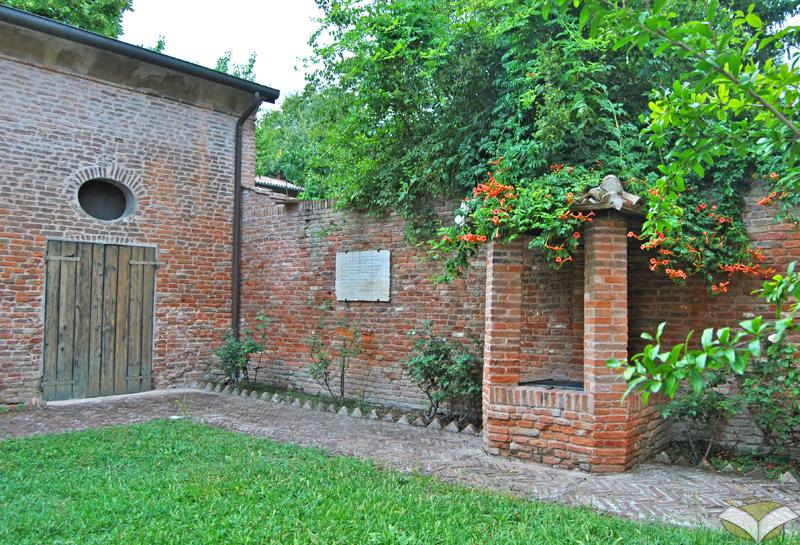 Ferrara con ariosto alla corte d este - Casa al contrario ...