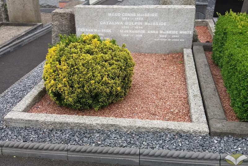 Tomba di Maud Gonne, Glasnevin Cemetery