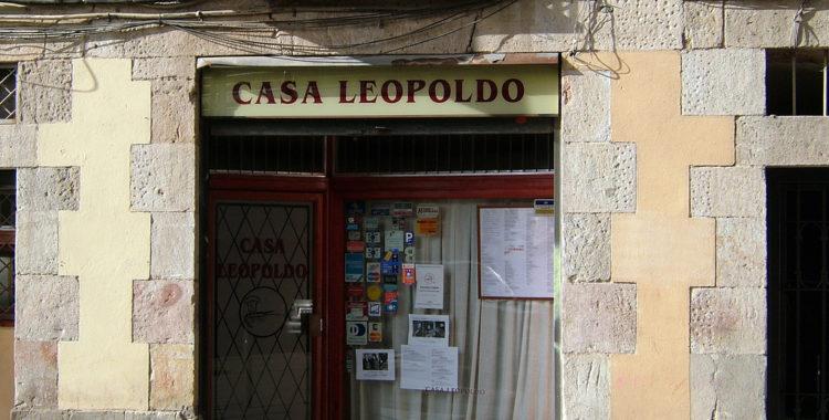 "Fonte foto: ""Casa Leopoldo"" di enric archivell, su Flickr - https://flic.kr/p/6aAHsY"